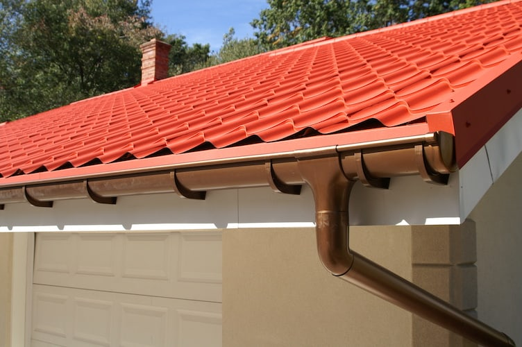 Custom Seamless Gutters - Eustis Roofing Company in Lake County, FL